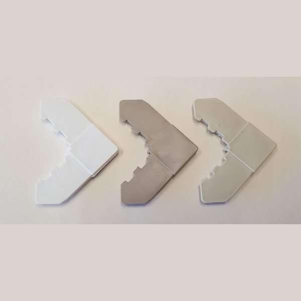 plastic corners - front